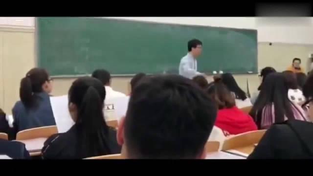 河北师范大学音乐学院合唱团上课集体合唱《可惜不是你》