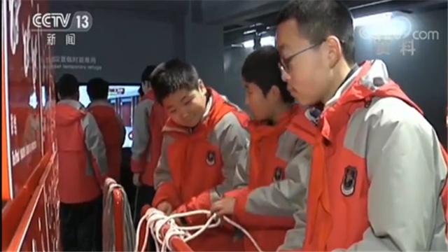 中考改革!上海初中生社会实践每年不少于20天