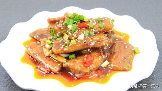 酱烧带鱼就这样做,带鱼鲜嫩又不腥,特别出味,制作过程详细