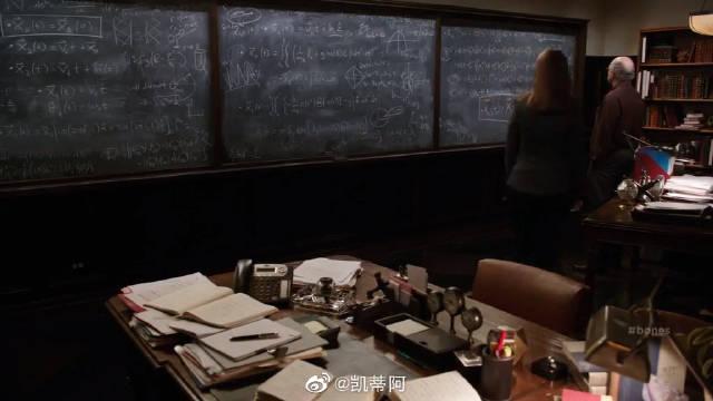 识骨寻踪:物理学家撰写的墓志铭
