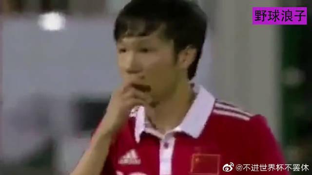 邓卓翔这任意球什么水平?足球天赋二十年难遇啊,国足1-0顶级