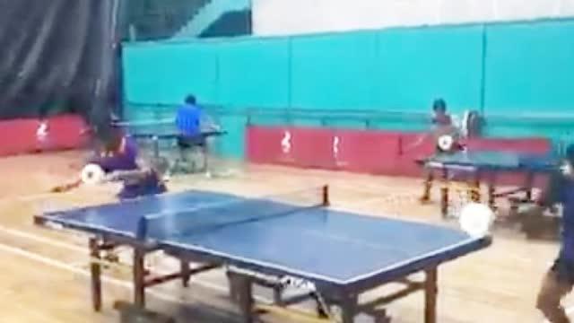 印度的乒乓球训练,这个画风有点另类,第一个有人看懂了吗?