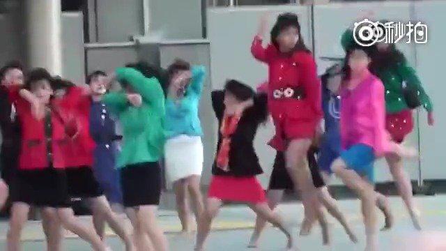 最完整版,日本大阪登美丘高校舞蹈部的80年代风dance! 真魔性到