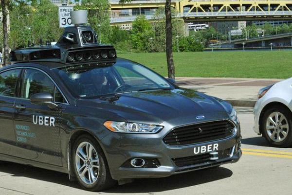 Uber自动驾驶车。