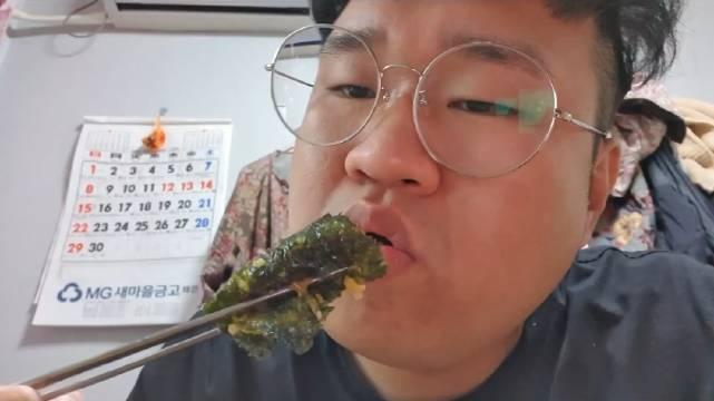 欲望大胖哥吃播