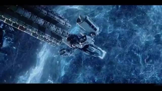 豆瓣9.4分,男子星际旅行却误入太空坟墓,遭遇蜘蛛外星人