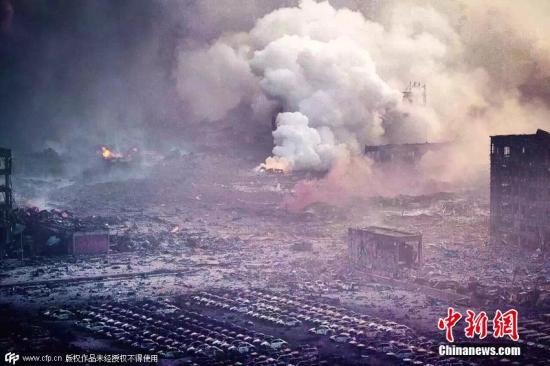 资料图:天津,爆炸事故发生现场。图片来源:CFP视觉中国
