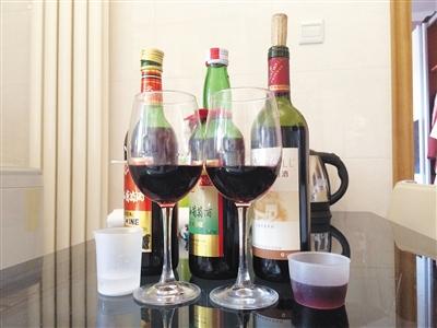 用于实验的3种品牌的红葡萄酒。
