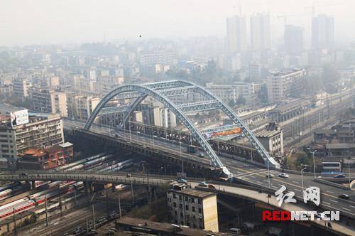 衡阳市衡州大道系杆拱桥获国家科技成果一等奖