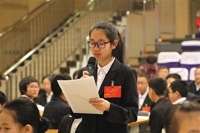 学生组建模拟人大 学校领导接受质询|选举|