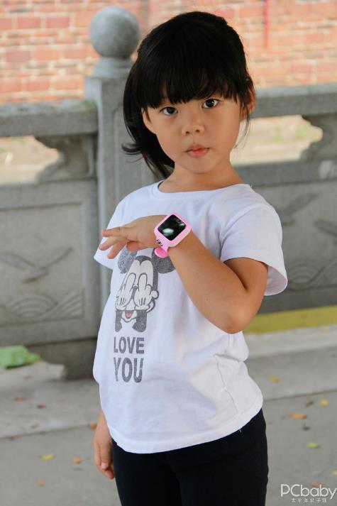 6岁麦麦的生日礼物 360儿童手表3快乐体验