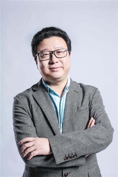 丁磊,网易公司创始人,董事局主席兼首席执行官,负责网易公司的战略