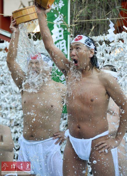 原田明絵-石川真澄 KISS浮世絵   如今日本还活着的第一怪咖北野武也是浮世绘