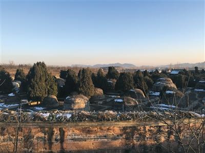 昨日,唐山遵化市,清东陵景陵妃园寝全貌。2015年10月底,景陵妃园寝被盗。新京报记者 周岗峰 摄