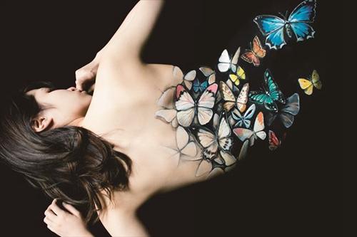 外国青少年人体艺术_外国艺术家用人体作画 视觉效果魔幻震撼(组图)