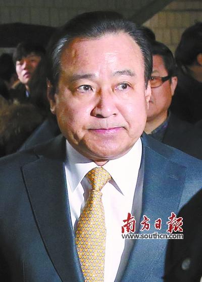 韩国前总理  李完九涉腐被判刑