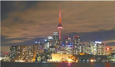 """这是加拿大国家电视塔连续第二年披上""""红装""""参与"""""""