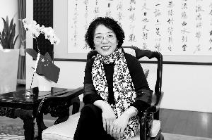 中国驻欧盟使团团长杨燕怡。新华社记者 叶平凡/摄