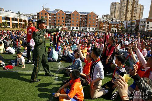 咸宁拉开中小学生消防安全教育日序幕