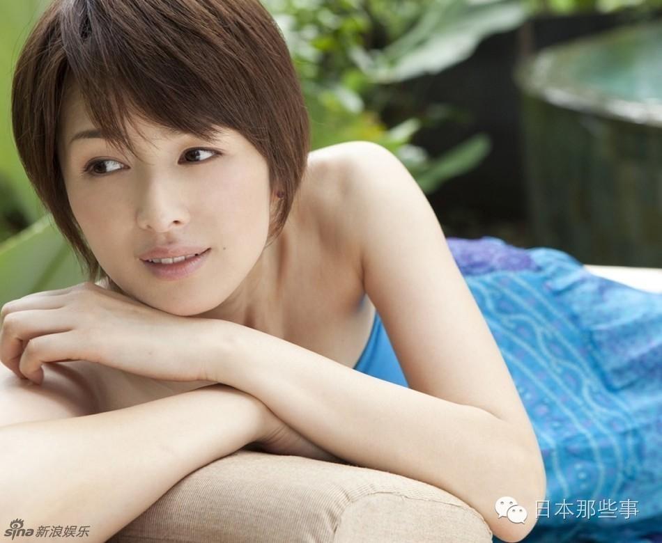 路人福利恋�_短发真女神 长发秒变路人的8位日本女星