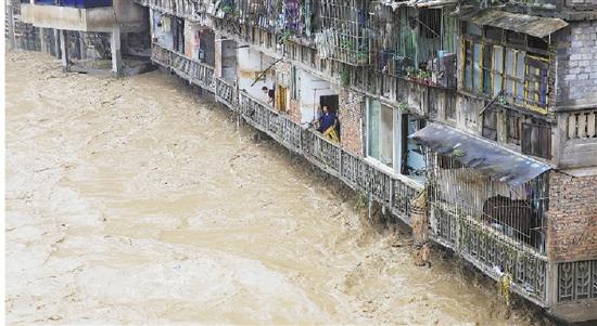 长江中下游区域性暴雨