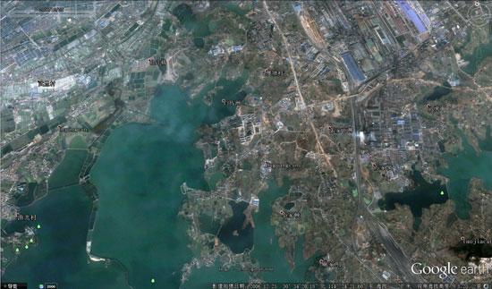 武汉北洋桥2000年卫星图。