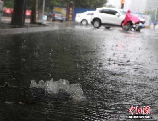 强降雨致河北保定112.6万人受灾 或再迎暴雨考验