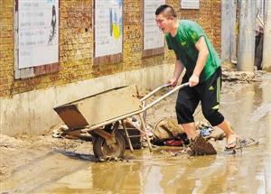 暴雨致北方10省164人死亡