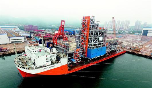 武船集团旗下企业——青岛武船麦克德莫特公司承建了其中6个核心模块.