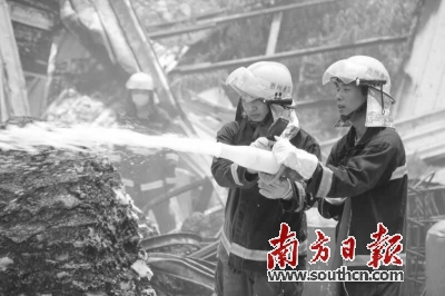 惠阳一加工厂爆燃引发火灾致1死1伤