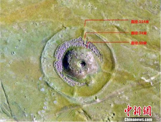 考古发现迄今为止新疆规模最大青铜时代太阳祭坛遗址。图为航拍图。 丝绸之路天山道科考队供图 摄