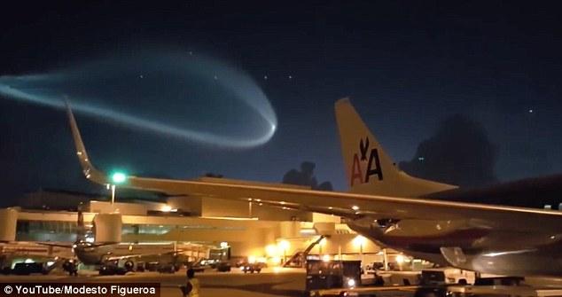外星飞船光临 美媒称美战机 跟踪UFO 谜团值得调查图片