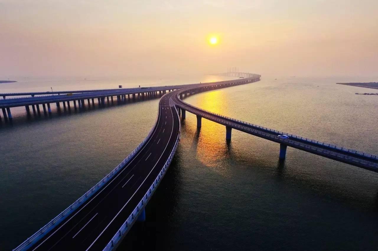 山东高速胶州湾大桥全长36.48公里,是当时世界上已建成的最长的