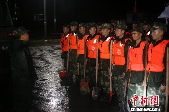 浙江多地爆发洪水及山体滑坡 一辅警因救人殉职