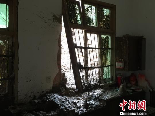 浙江遂昌山体滑坡已致5人遇难 仍有22人失联