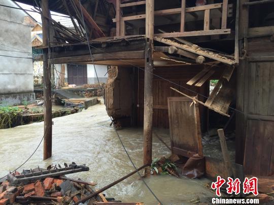 浙江遂昌山体滑坡遇难人数上升至19人 仍有8人失联
