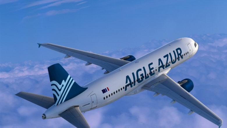 法国蓝鹰航空公司简介   成立与1946年,主运营基地在巴黎,是法国第三大航空公司。该公司主要经营西欧和北非区域的航线。2012年,海航收购其约48%股权。   蓝鹰航空公司是法国的一家航空公司,总部位于巴黎附近的特伦布莱。主要经营国内定期客运服务和国际航运服务,飞往阿尔及利亚、摩洛哥、突尼斯、北非、葡萄牙、意大利和马里。蓝鹰航空公司还执行包机服务、货运以及湿租赁服务。枢纽机场有巴黎奥利机场和巴黎戴高乐机场。   1946年,Sylvain Floirat建立了蓝鹰航空公司,初期只是私人拥有,于第二