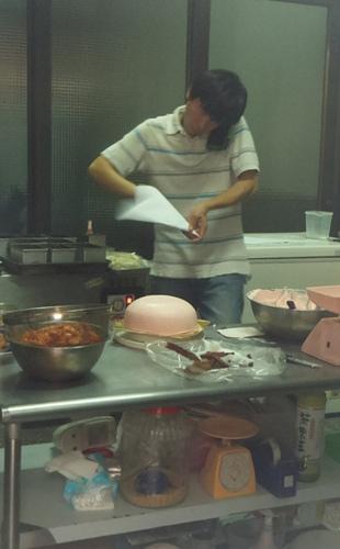 面包师拍陈水扁散步遭恐吓 网友留言请他吃子弹
