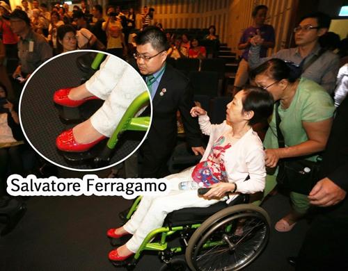 吴淑珍脚下的名牌鞋,意外成为音乐会上的焦点。图/台湾联合报系资料照。