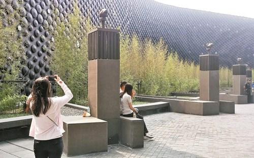 成龙捐给台北故宫南院的12生肖兽首。台湾《联合报》资料照片