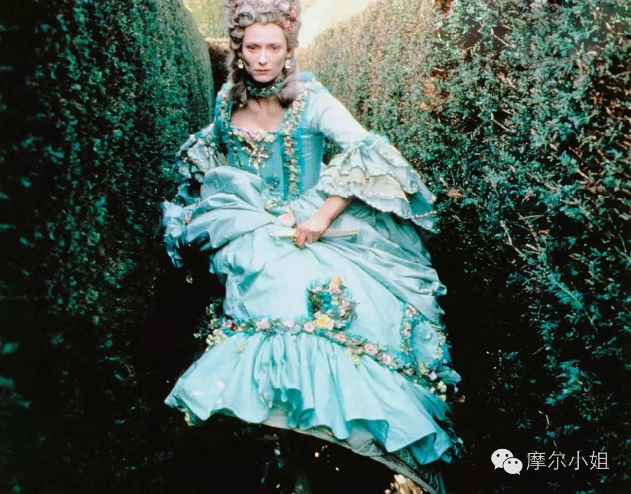 """1992年《奥兰朵》,Tilda穿越400年""""雌雄同体"""",美不胜收"""