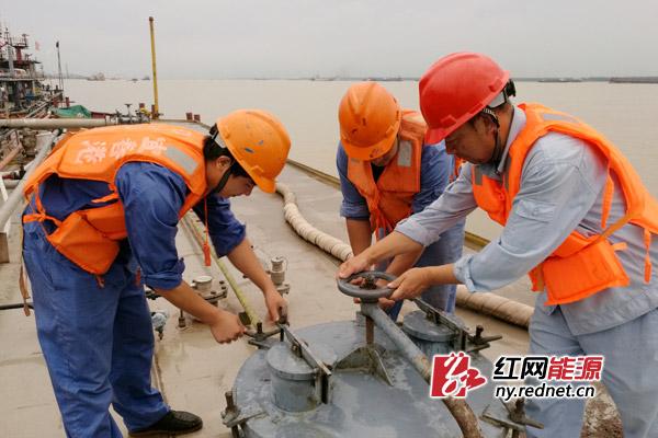 天津计划半年内实现全面禁烟 内蒙古建立城乡居民养老保险制度
