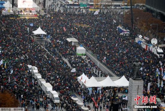 朴槿惠陷执政危机 韩在野党主张无条件下台
