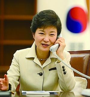 朴槿惠无视检方最后通牒 加速返回常态重新掌权