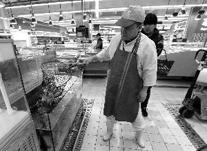 北京超市活鱼恢复供应 食药监局称安全状况良好 新闻