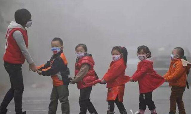 雾霾中的ertong