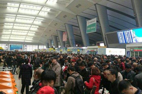 京沪高铁因供电设备受损致多趟列车停运(名单)