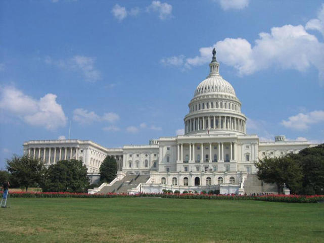 白宫重申 美国坚定奉行一个中国政策