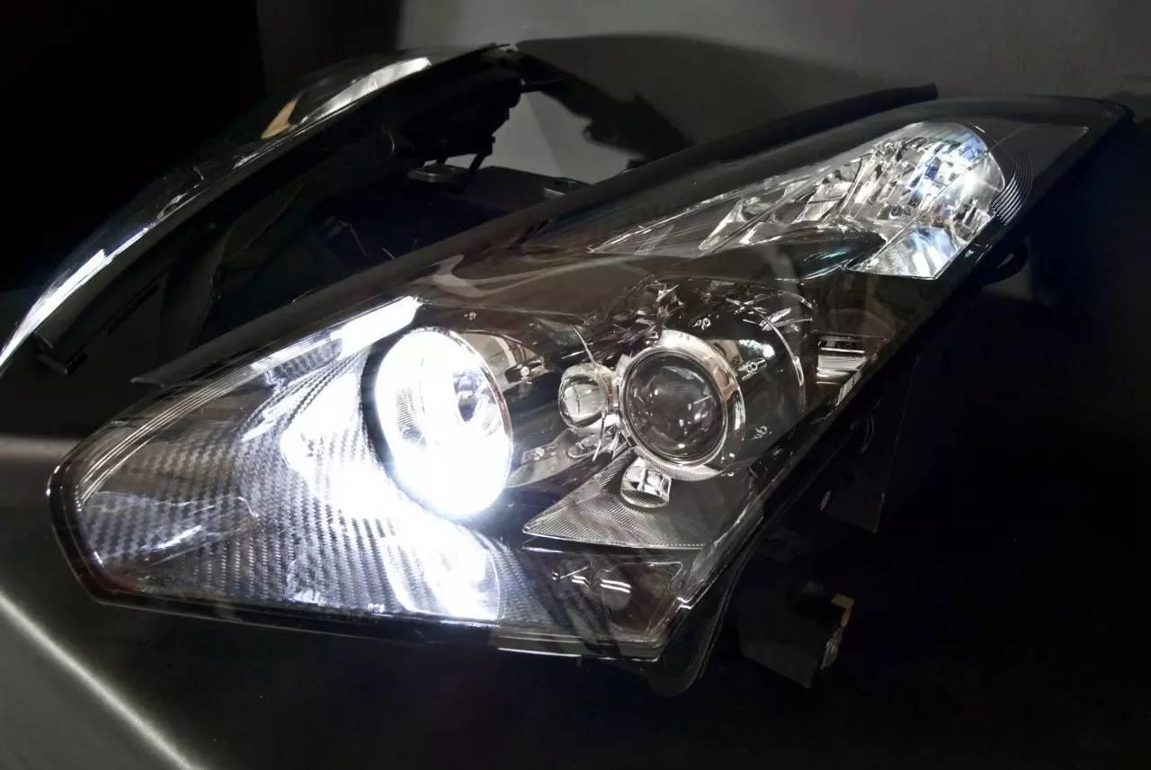 战神GT-R改了这双杀气冲天的眼睛