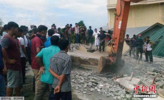 印尼发生6.5级地震 目前已造成97人遇难